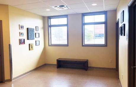 Waiting Room - Dearborn County Animal Clinic